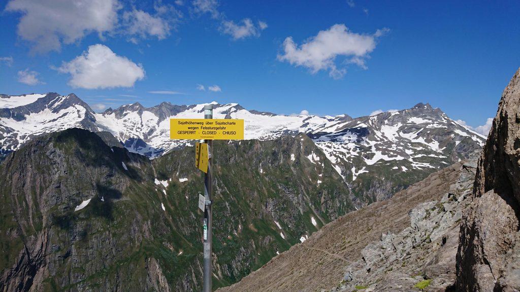 Gesperrt wegen Felssturzgefahr, der Sajathöhenweg/Venedigergruppe war eines der ersten R.A.G.N.A.R.-Projekte, Foto: Walter Würtl